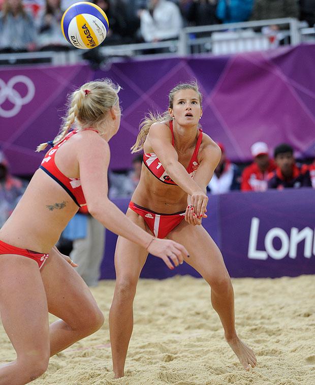 是沙灘排球的隊服!