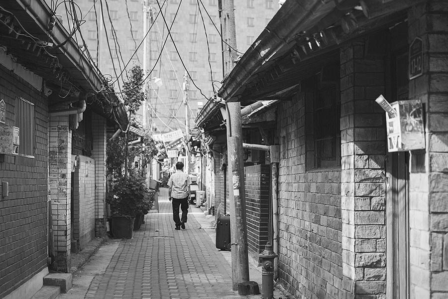 益善洞是20世紀初,最早的住家開發商的鄭世權(音譯)先生,開發的巷弄,是一處為了庶民們所開發的韓屋村