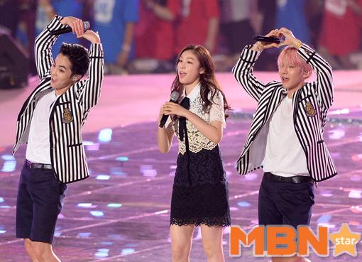 金妍兒在EXO裡面又唱又眺一點也不生澀