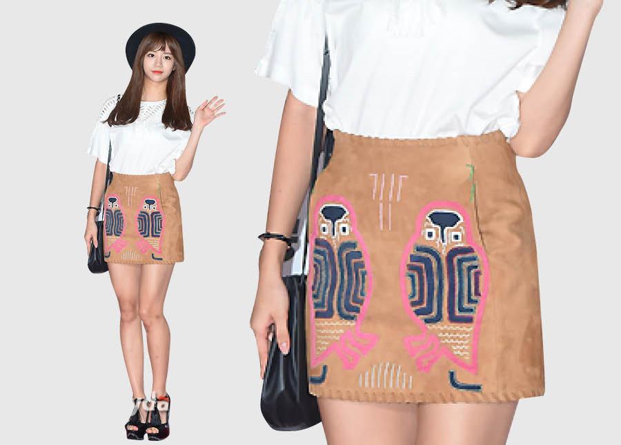 Girl's Day 惠利出席電影試映會時穿的貓頭鷹短裙?