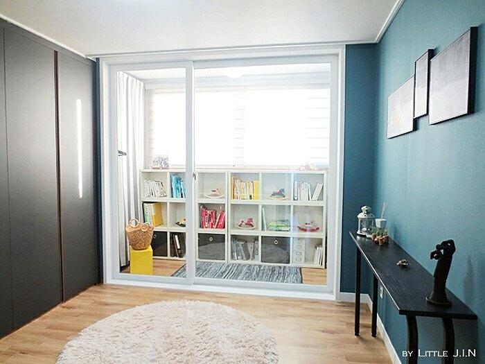 這裏是作為書房使用的小房間