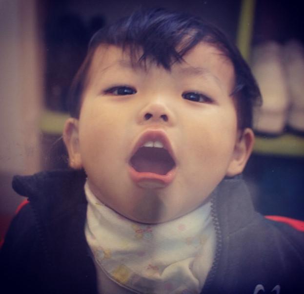 現在育有一個年紀3歲的兒子載元(音譯)