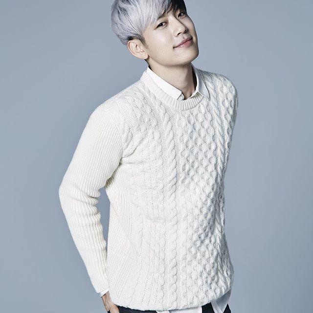 Se7en 雖然現在不隸屬YG娛樂,但是和YG共度長達10年的7哥~可以說是YG娛樂走向偶像歌手經營的第一步,也是因為7哥的成功,YG才從地下嘻哈正式朝主流發展~所以外貌自然不在話下