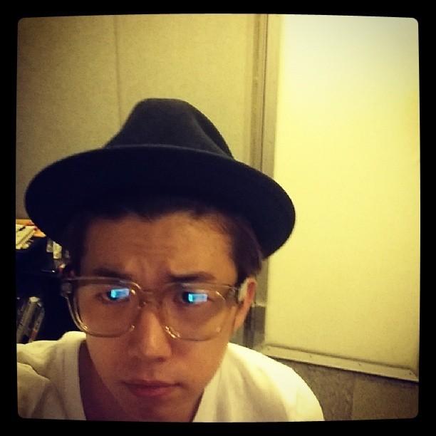 2PM的張佑榮....突然好像變了個人耶....QQ