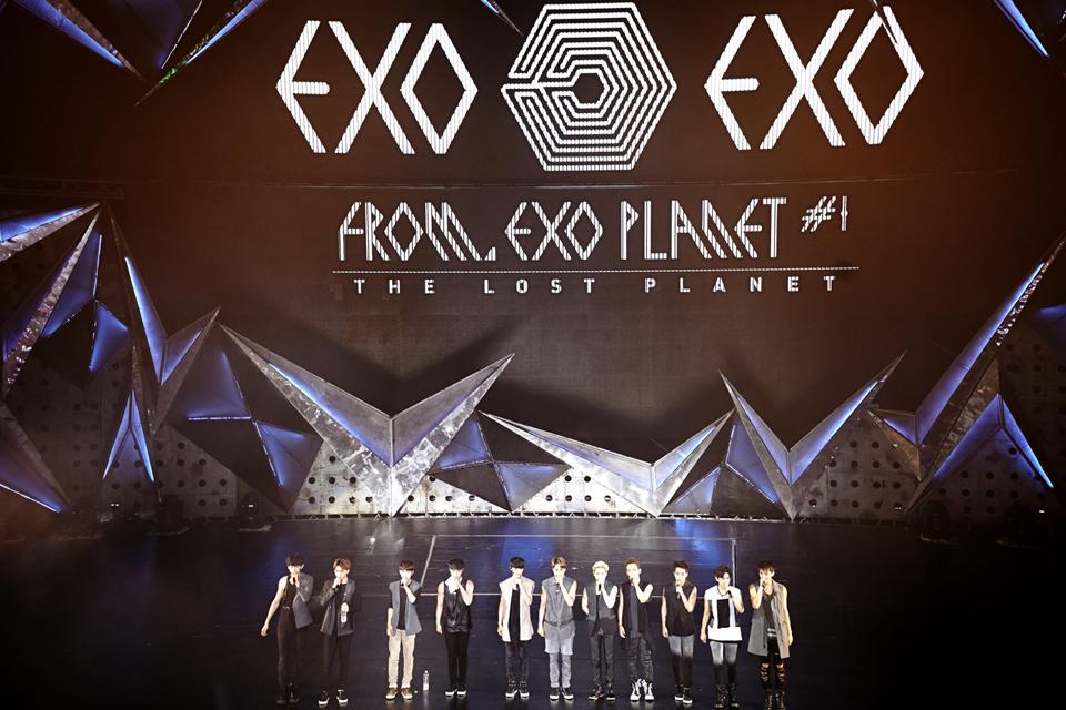 每個藝名都有他的含義,像EXO是指銀河系以外的行星「EXOPLANET」而來,那你知道有些人差點不是現在這個藝名嗎?來看看這些後補藝名會不會比較好?