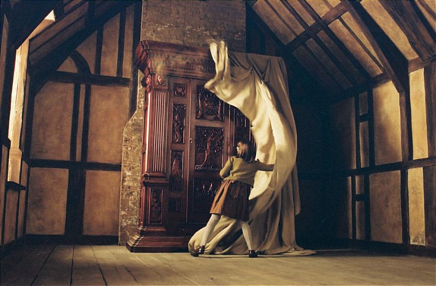 候選 2. <納尼亞傳奇>的衣櫥門