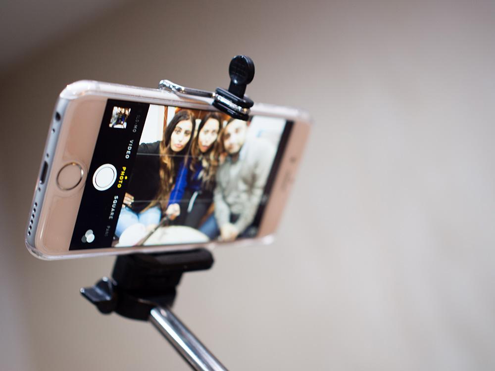 「個性與個人差異」:在上傳自拍照之前,「要先美化過才上傳的人」比起「直接上傳照片的人」來說,自戀的程度更強烈!