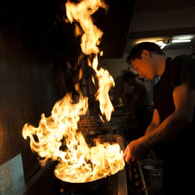 但是如果你看了韓國的廚房就不會這樣覺得了...