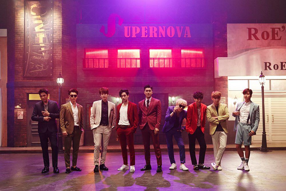 TOP 5. Super Junior 粉絲人數:8,045,327 世界排名:440(下降34)