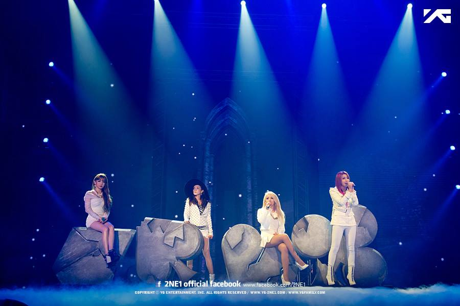 TOP 4. 2NE1 粉絲人數:9,136,561 世界排名:363(下降10名)