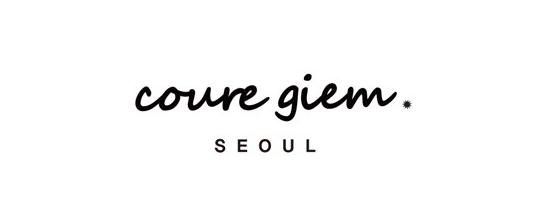 那就是韓國一個叫做「COUREGIEM 」的品牌設計的一款腰帶。
