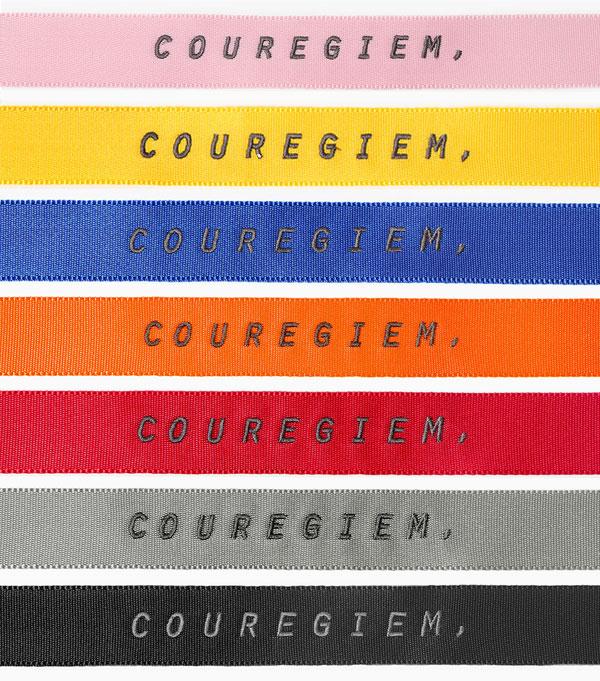 除了Zion.T和朴載範繫的黃色和橙色,其實還有更多種顏色可供選擇,而且每一種顏色都很正!