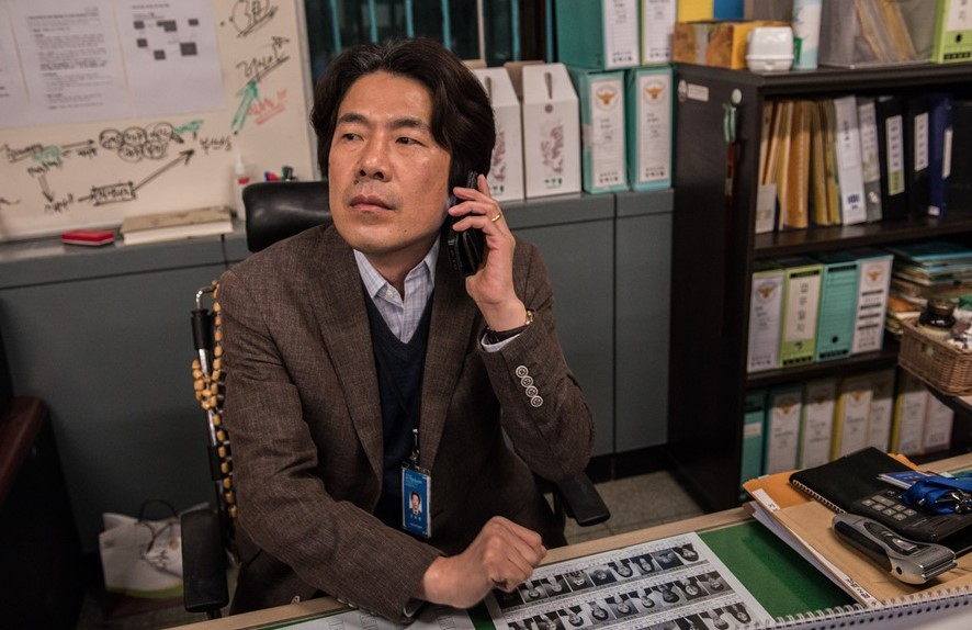 在這13部觀影人次超過千萬的電影中,韓國「 黃金配角」吳達庶居然出演過7部!