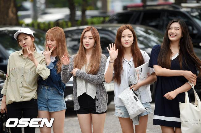 最近不管是好評也好、爭議也好,都佔盡版面的Red Velvet也登場啦~