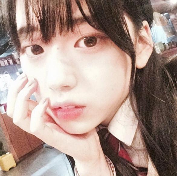 現在的她正以商場模特活動中,並正式跟韓國娛樂公司簽約。