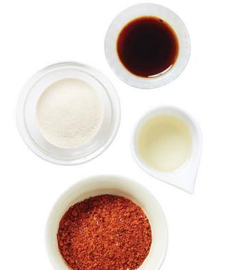 3.準備的所有調味料倒進大碗裡充分攪拌均勻。