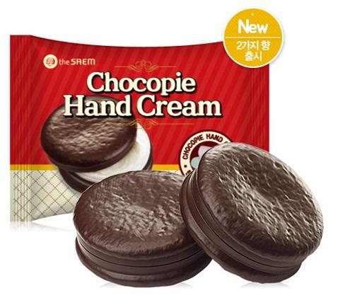 外表看似極為可口的巧克力派,實際上卻是易容術了得的護手霜!