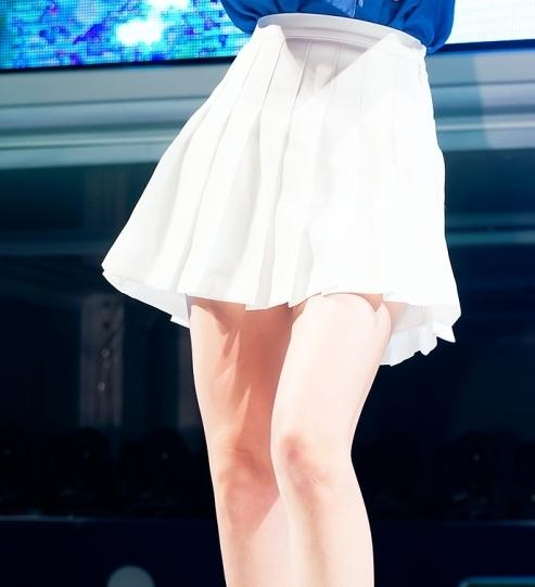 7. 裙子 OR 褲子