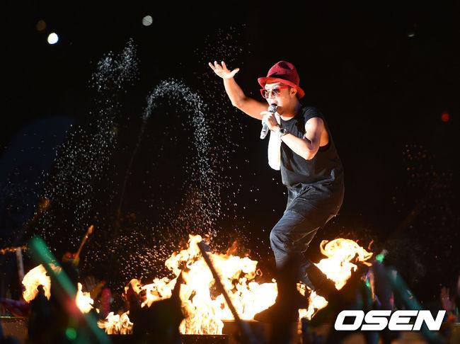 水與火的交融~就是哈哈的舞台!!!
