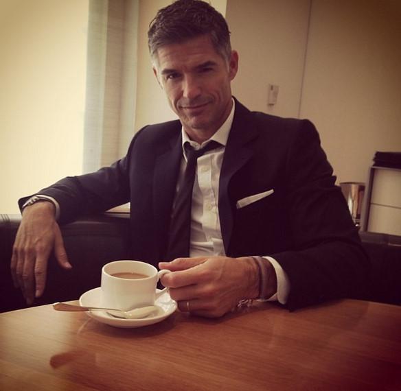 蜀黍..餵我喝下這杯咖啡,我就把你忘了~(桑心✿◡‿◡)