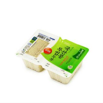 這時候你需要一個可以分成兩份的豆腐,用一份,剩下的可以放心保管在冰箱....