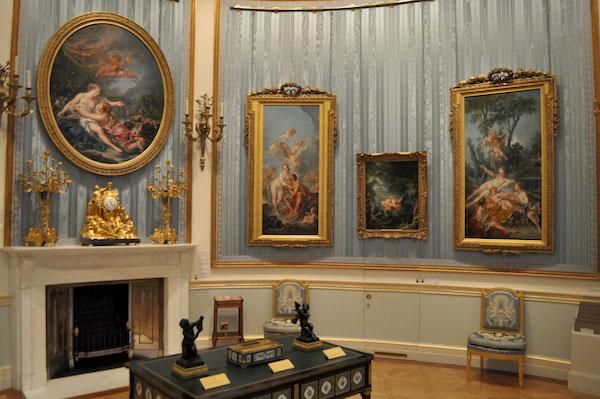 如今此畫被英國倫敦The Wallace Collection收藏,該作品趣味雖然輕佻俗艷,但卻很符合當時貴族的口味,無論題材與形式,都體現了典型的洛可可風格。
