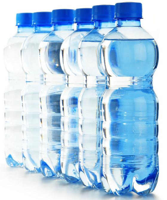 A8)其實沒有什麼大的區別,根據研究結果顯示,一般的自來水和上市的礦泉水雖然成分上基本沒有差異,但對皮膚的彈力和酸度影響是不一樣,礦泉水明顯對皮膚更好。