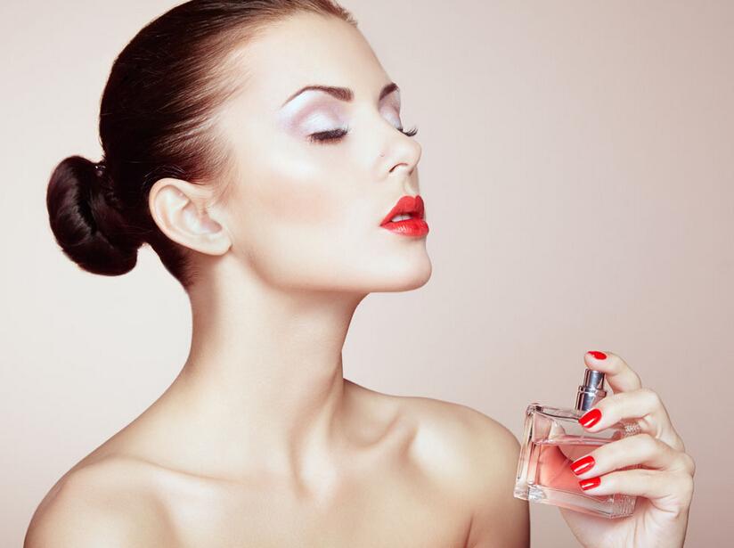 #7. 香水的香氣更持久一點 香水控們千萬別錯過哦~~~~讓你散發出的香氣更持久,更迷人!