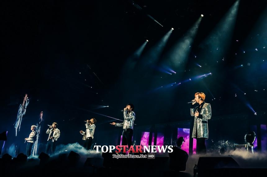 冠軍得主是輸家!!欸~我是說《Loser》這首歌啦!BIGBANG這次回歸最先推出的首部曲之一,《Loser》總共獲得1,273,161次的下載量~