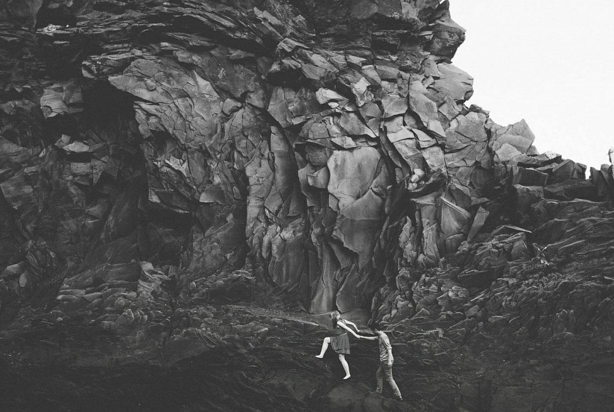 12. 海德納爾 ·冰島by Shari Valley  讓我們一起牽手奔向美好的生活,不管前面會有多大的風雨,我都不會放開你的手。