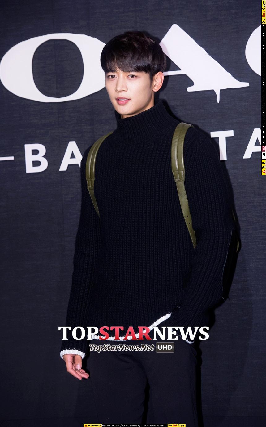 首先俊美男、SHINee的珉豪就是代表人物~怎麼可以帥成這副德性啦~