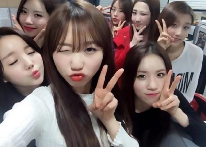 去年底出道的8人新女子團體Lovelyz,因為作為Infinite的師妹團而知名
