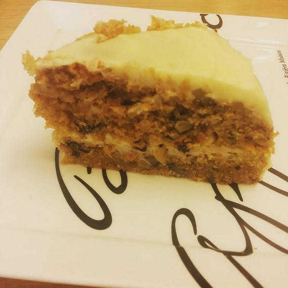做給婑斌的則是富含維生素A 讓婑斌補充體力也能美麗升級的胡蘿蔔蛋糕!