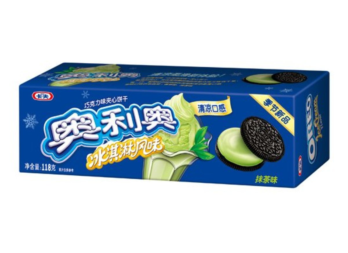 在中國販售的Oreo推出了季節限定的口味 將夾心換成了抹茶冰淇淋  強調和原本的Oreo不同的清爽口感