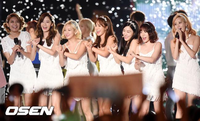當然最後的勝者是SM娛樂的女子天團少女時代..! 沒辦法~少女時代就是少女時代! 結果也是可以預期的啦~