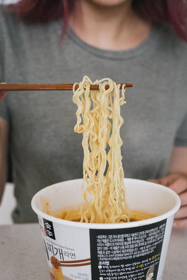 能夠帶回台灣品嚐的正宗韓式泡菜鍋品味 單價約台幣45元 千萬不要錯過了!
