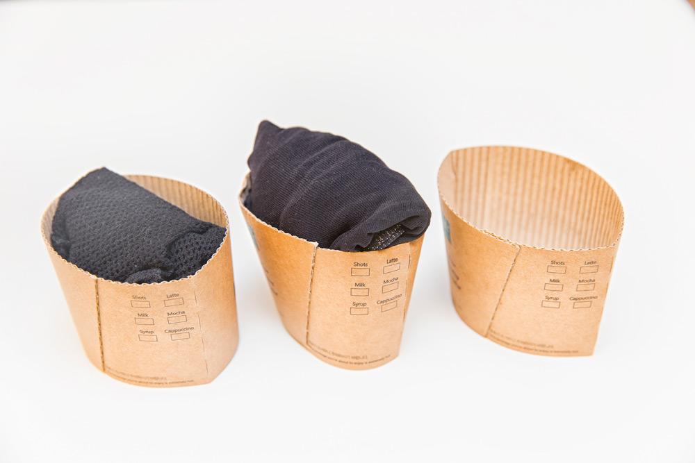 如果你連剪紙袋都嫌麻煩,還可以活用喝完咖啡或者飲料的套管來保管。