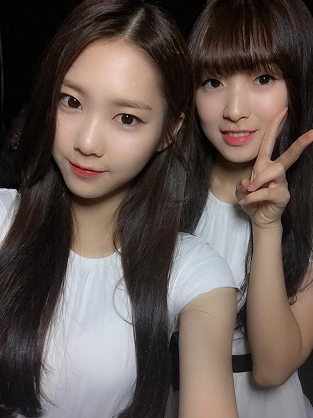 讓人很有衝動去學她們髮型的Ji Ho與Arin