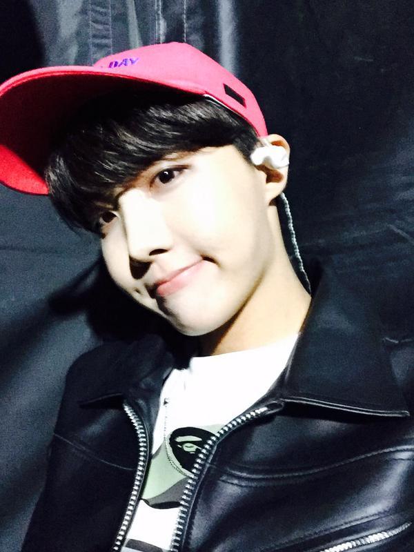 防彈少年團(BTS)的 j-hope,跟勝利一樣也都是光州出生的孩子。