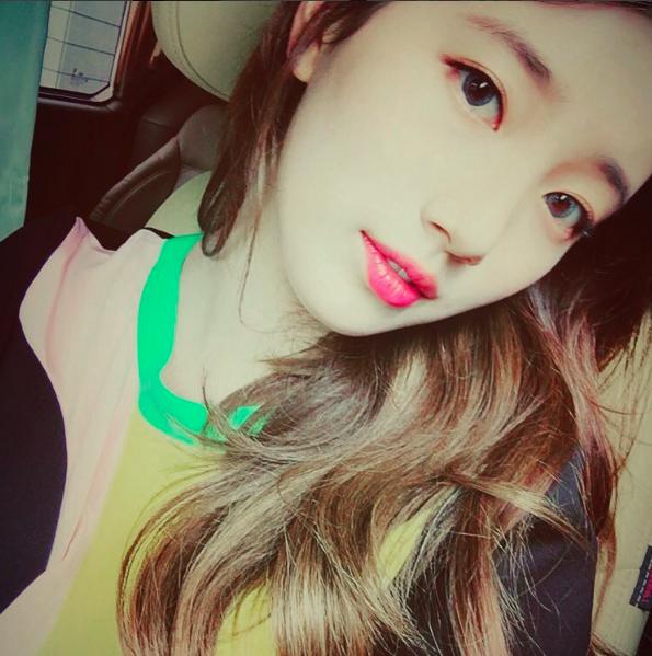 第一位就是國民初戀 miss A 的 Suzy 啦!