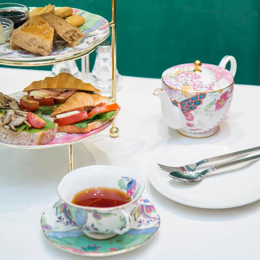 紅茶選用的是伯爵紅茶 熱滾滾的紅茶配上司康餅和曲奇,味道不要太好喲XD~