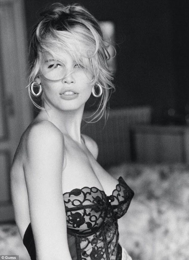 以充滿個性的外表,拍出歷代以來性感海報的克勞蒂亞·雪佛。