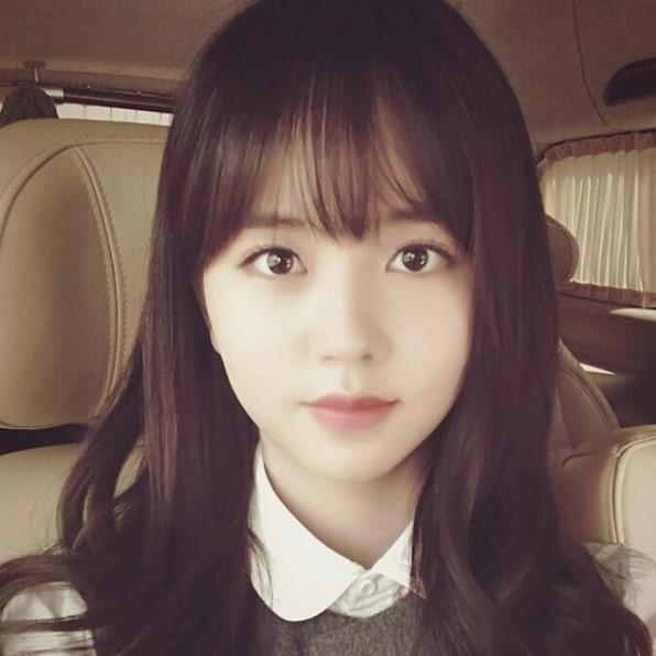 1.金所炫 還記得當初她在《擁抱太陽的月亮》和《屋塔房王世子》小時候的演技嗎?