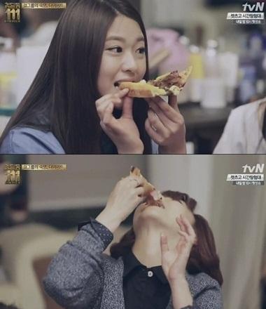 其實啊,AOA就曾經在電視上展現她們驚人的進食方式XD