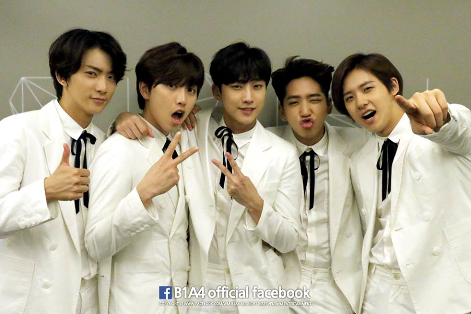 第四位要介紹的人是 B1A4 的成員喔!大家知道我要說誰嗎?