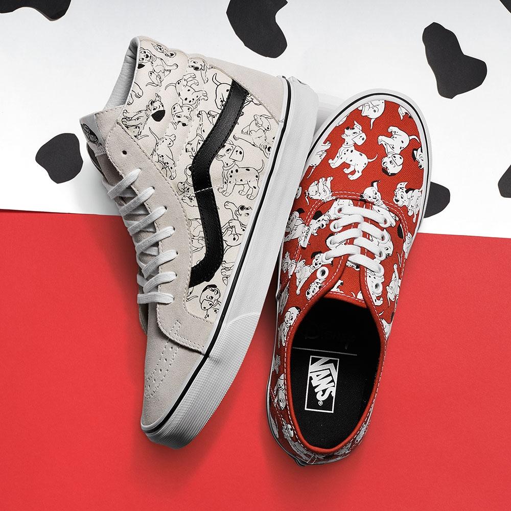 101忠狗們也成為鞋上的Pattern,有白、紅兩款,穿上後走起路來就是有種愉快的輕盈感。