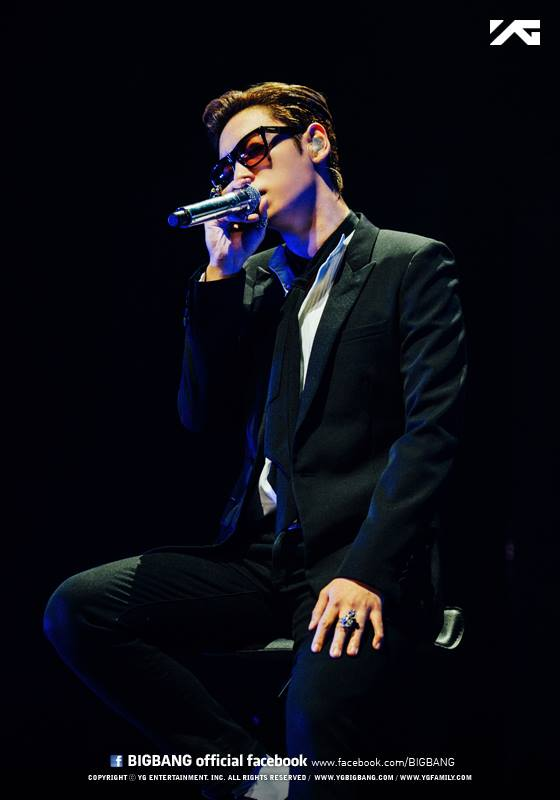6.BIGBANG TOP 曾經和TOP拍過戲的權相佑說過TOP很會勸酒,也據說TOP可以喝燒酒7瓶,但後來在節目上有否認那有點誇張