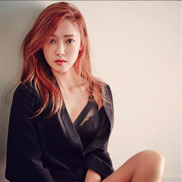 對於保養相當講究,也曾被譽為韓國最美的女星之一,Jessica所推出的美妝系列,大家應該很期待吧?