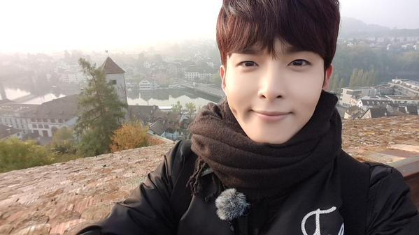 Part 1 的最後一位男孩就是 Super Junior 的主唱「厲旭」。