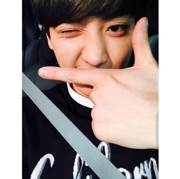EXO燦烈  有追蹤燦烈的instagram一定會知道!燦烈不僅勤練歌藝…